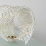 Möbiusband, 2014, Abakafaser in Drahtgeflecht geschöpft